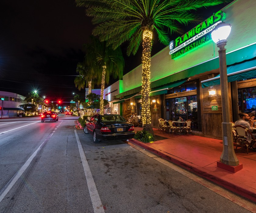 Come visit this South Florida classic, Flanigan's for delicious seafood in a casual setting